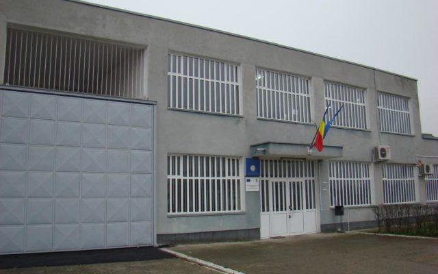 Tragedie la Arad. Un polițist a fost găsit împușcat în Penitenciar