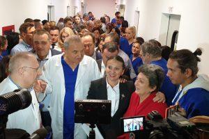"""În sfârşit, Clinica de Mari Arşi a fost inaugurată. Ministrul Sănătăţii a venit la Timişoara: """"Este o minune"""""""