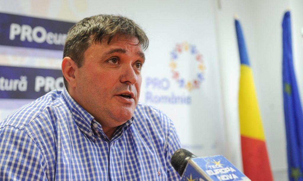 """Deputatul Pro România, Adrian Pau: """"Nu voi vota luni pentru învestirea Guvernului Orban 2"""""""
