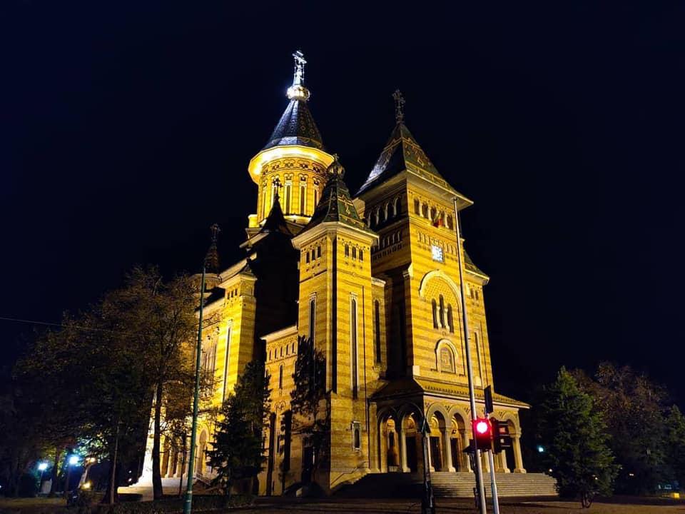 Cum se vede Catedrala fără cabluri
