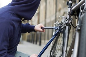 Hoţ de biciclete, reţinut de poliţie