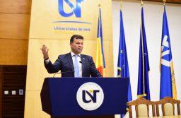 Șanse egale pentru studenții români înscriși la universitățile din țară, față de cei care studiază în străinătate