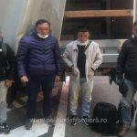 Patru vietnamezi, descoperiți într-o autoutilitară la Nădlac