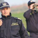 30 de migranți, descoperiți într-o pensiune dezafectată din județul Arad