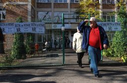EXIT POLL: Klaus Iohannis – 39%, Viorica Dăncilă – 22,5%, Dan Barna – 16,4%