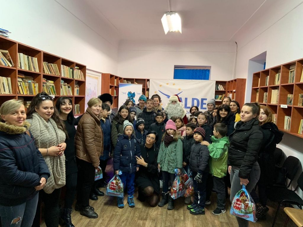 Femeile din ALDE Timiș au adus bucurie pe chipurile unor copii
