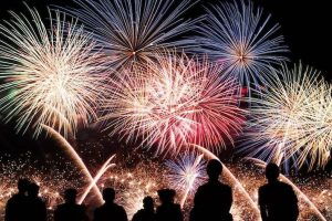 Artificii şi petarde de Sărbători – tot ce trebuie să ştii