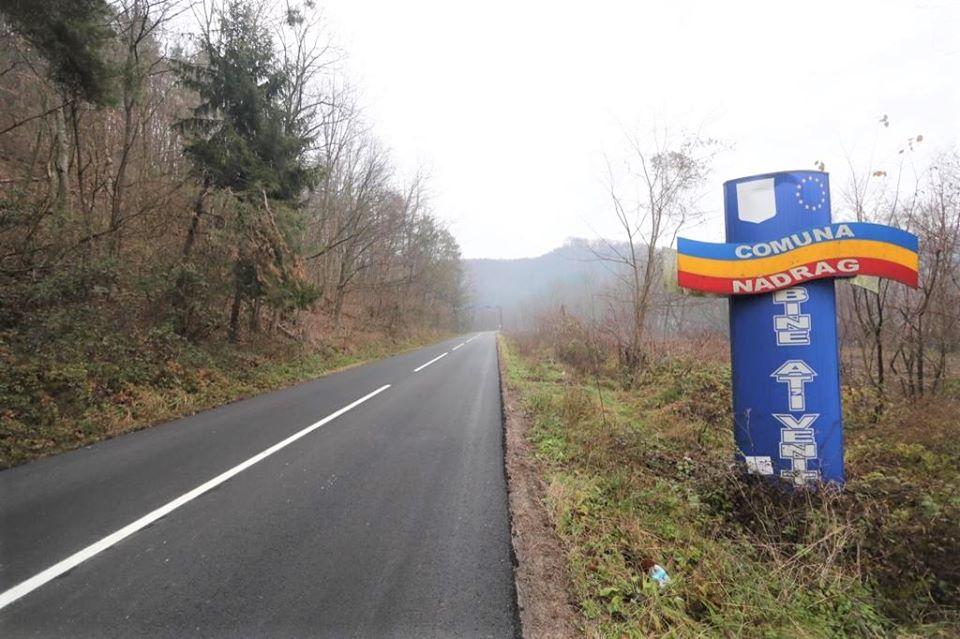 Şoseaua care leagă Nădrag de Crivina, asfaltată de CJT