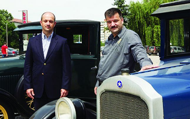 Frații Cristescu pregătesc 6 centre comerciale. Reconversie de hale industriale