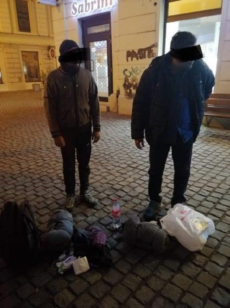Migranți depistați de polițiștii locali în zona Unirii