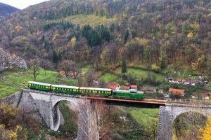 Se suspendă temporar circulaţia feroviară pe traseul Oraviţa – Anina