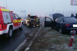Două persoane rănite într-un accident pe Calea Lugojului