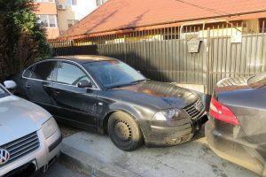 Amenzi drastice pentru şoferii care blochează accesul în curți, garaje, parcări