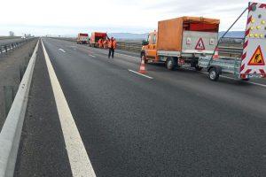 Drumarii intervin pe autostrada A1
