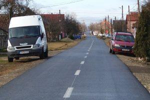 Asfaltarea drumurilor din satele aparţinătoare, prioritatea Primăriei Recaş/ FOTO-VIDEO