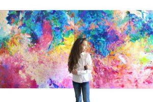 La doar 9 ani, talentata Maia Truţulescu expune la Pygmalion