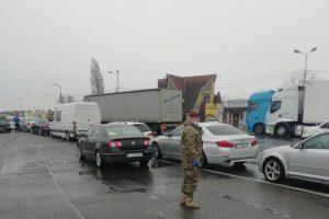 20 de autocare cu români din Germania, blocate în Vama Nădlac