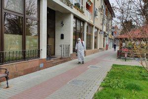 Oraşul Nădlac este dezinfectat zilnic cu clor din cauza celor care intră în ţară pe jos