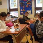 Peste 700 de elevi infectați cu Covid