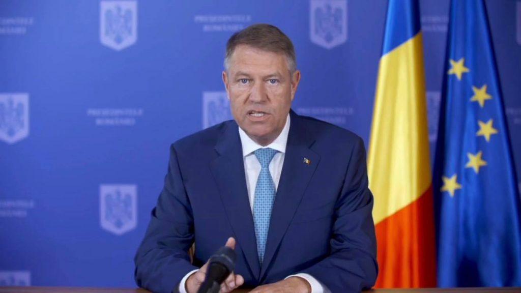 Klaus Iohannis: Din 15 mai când ieșim din localitate e în continuare nevoie de o declarație scrisă