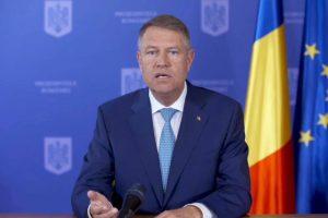 Iohannis: Haideți să-i ajutăm pe medici, să purtăm mască, să prevenim supraaglomerarea spitalelor în România!