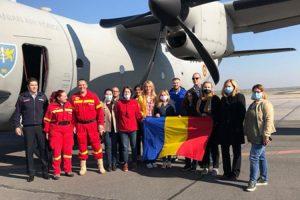 Șase medici români, din care trei din Timișoara, au plecat să ajute Italia