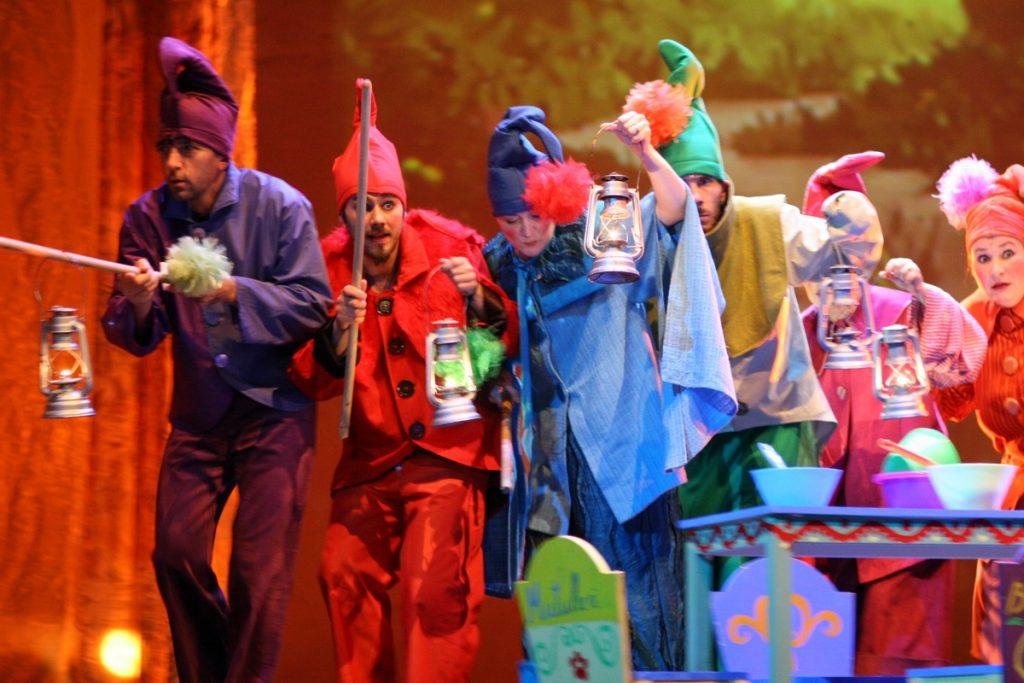 Noi spectacole în premieră online pe canalul YouTube al Teatrului Național din Timișoara