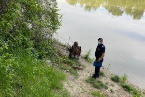 Ce amenzi au primit timişenii prinşi la pescuit în prohibiţie