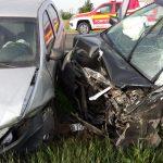 Accident în apropiere de Găvojdia, un şofer a rămas încarcerat