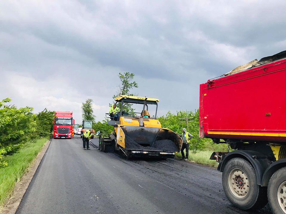 Lucrările de asfaltare de la Jimbolia, aproape finalizate