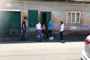 """""""Vecinul meu, eroul meu"""", o campanie despre micile gesturi de solidaritate care au făcut diferența în pandemie"""