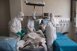 614 noi cazuri de îmbolnăvire cu Covid-19. La ATI sunt internați 240 de pacienți