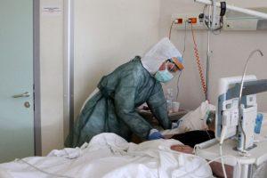 30 de cazuri noi în Timiş. În ultimele 24 de ore au murit 45 de persoane infectate cu coronavirus