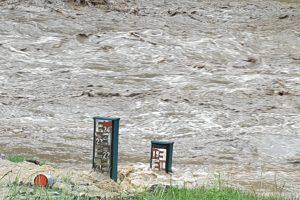 Cod roșu pe mai multe râuri din județul Caraș-Severin