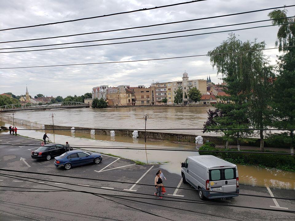 Debitele și nivelurile râurilor din Banat cresc