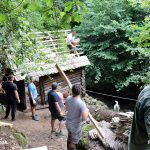 Un nou traseu turistic la Gârnic, realizat de voluntari. Patru mori de apă de pe traseu au fost reabilitate în două zile