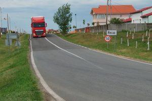 Investiţii importante în asfaltarea drumurilor din Recaş şi satele aparţinătoare