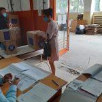 Continuă distribuirea de produse în Programul de ajutorare a persoanelor defavorizate