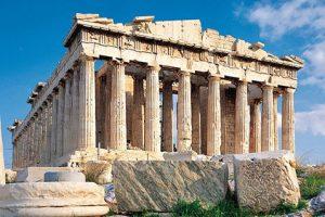Testul COVID-19 devine obligatoriu și pentru turiștii români care merg cu avionul în Grecia