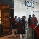 Apelul DSP către timişeni: Evitaţi aglomeraţiile, purtaţi mască în spaţii închise