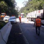 Se montează parapeţi de beton în zona Coșava – Coșevița