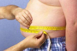 Studiu: Riscul de complicaţii în cazul bolnavilor de COVID-19 creşte proporţional cu greutatea