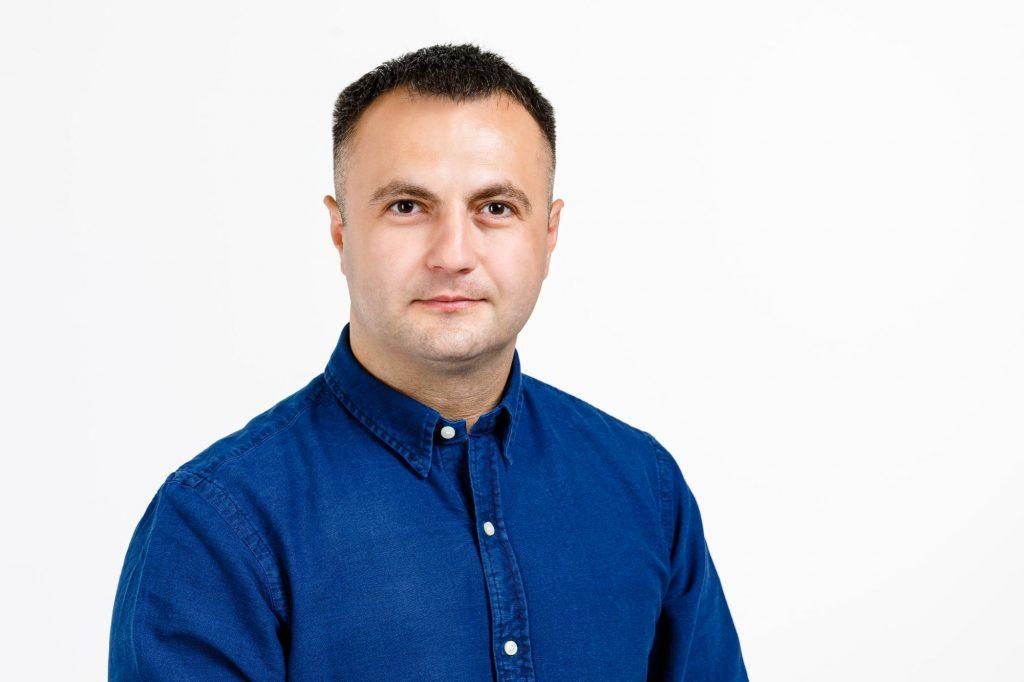 Marian Cucșa: Din 15 septembrie toți părinții din România vor beneficia de legea inițiată de mine, în cazul în care copiii fac cursurile online!