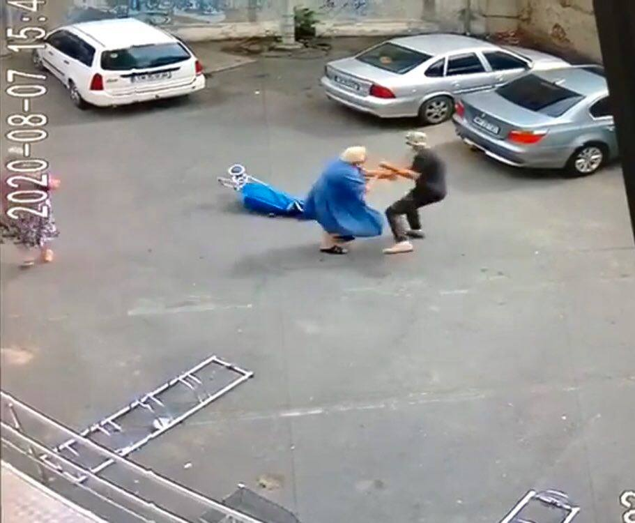 Bătrână tâlhărită pe stradă la Timișoara