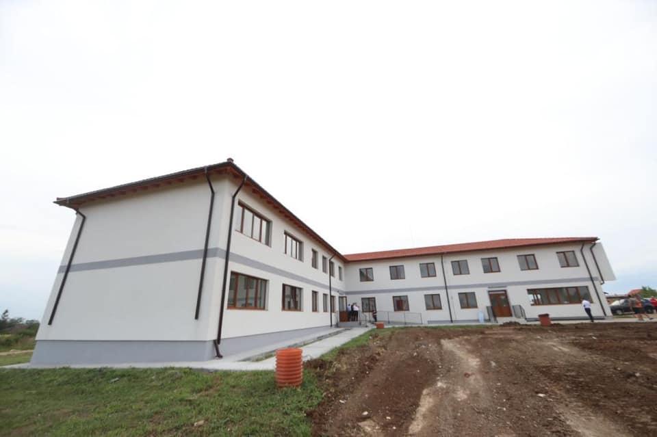 Grădinița nouă aflată în cartierul Primăverii din comuna Giarmata a fost recepționată