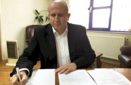 Primarul din Făget revine asupra deciziei şi anunţă că va candida din nou