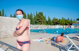 La piscină în vreme de pandemie: Cât de sigur este?