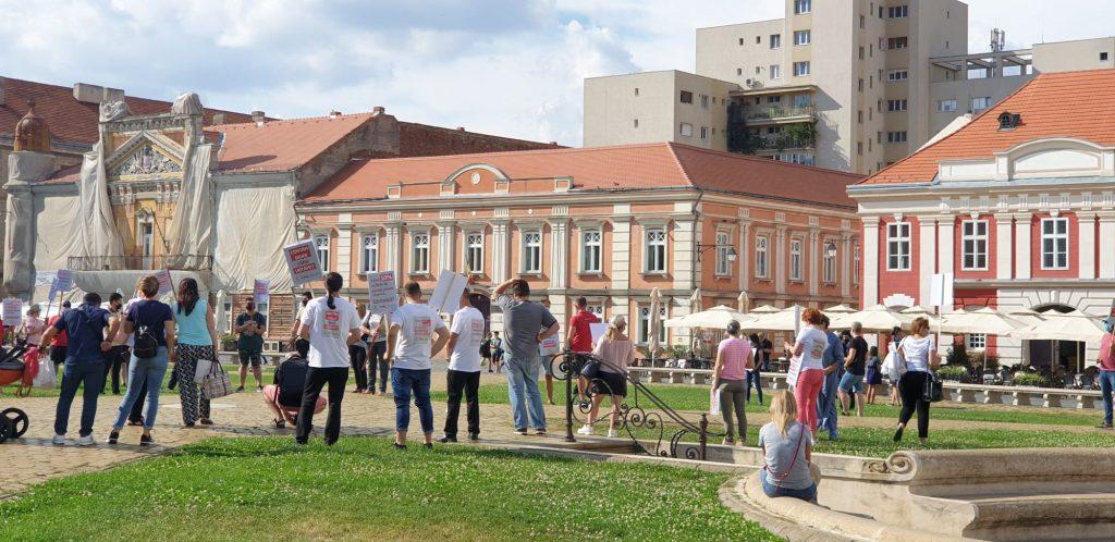 Protest la Timișoara! Patronii restaurantelor din centrul Timișoarei au ieșit în stradă