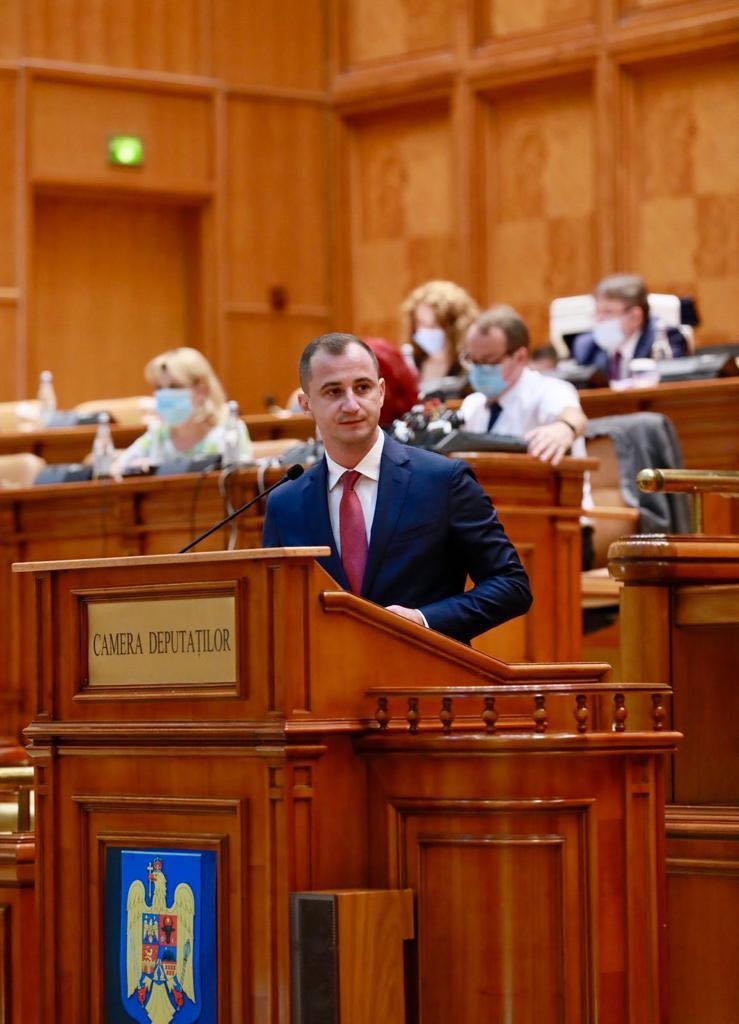 """Deputatul Alfred Simonis:""""Pur și simplu v-ați luat la trântă cu bătrânii României"""""""