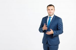Deputatul Marian Cucșa: Timișoara poate fi transformată într-un oraș cu adevărat European dacă aparatul administrativ va fi ocupat de profesioniști (P)